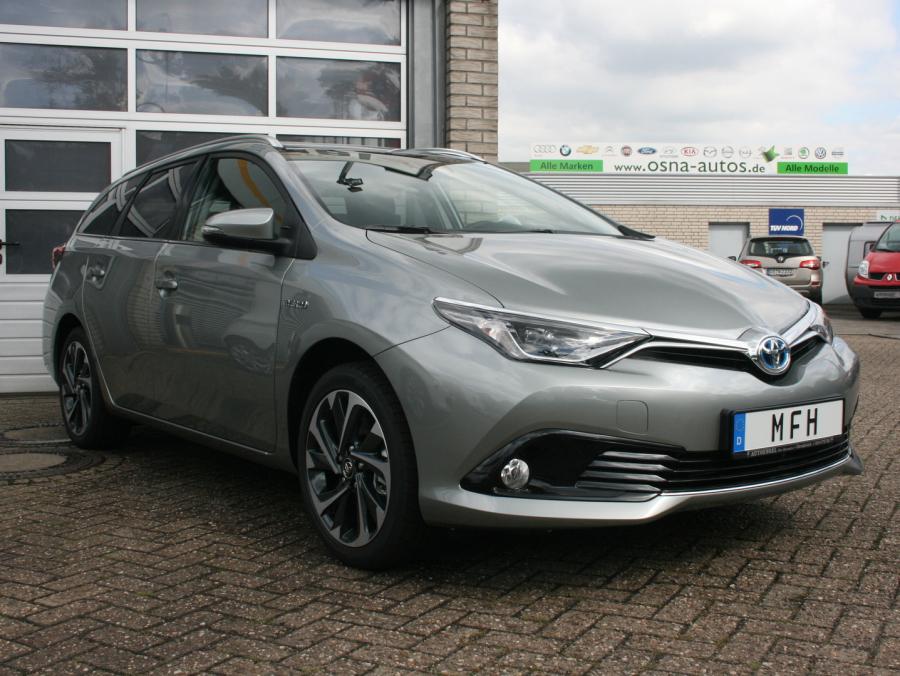 Günstige Toyota Hybrid Modelle als EU-Neuwagen von MFH Mehrmarken-Fahrzeughandel