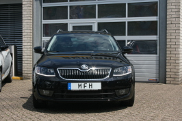 EU-Neuwagen Skoda Octavia Combi günstig bei MFH Mehrmarken Fahrzeughandel